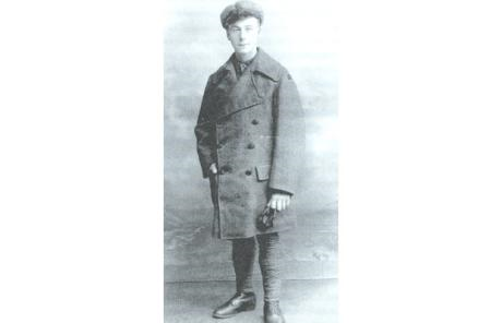 Henry Allingham in the uniform of the Royal Naval Air Service, circa 1918